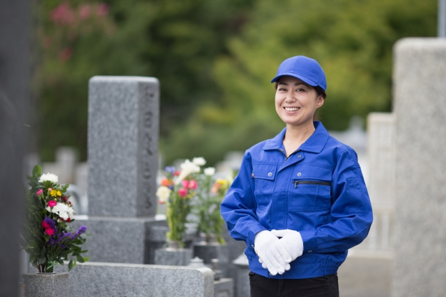 墓石清掃のイメージ画像